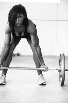 Julia Ladewski talks about building muscle with and without adding bulk for women.