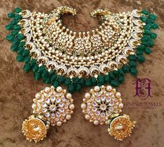 Sabyasachi Indian Necklace Jhumka Earrings Indian Bridal jewelry,Fine Gold Necklace,Indian Necklace set,Fine Estate Jewelry,kundan jewelry  ***Our Royal Luxe Divine Collection***  This is One of Our Most Luxurious Bridal Necklace Sets for the brides who look for Grandeur and a Royal