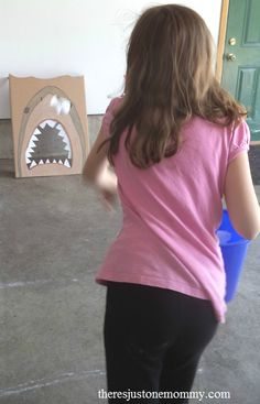 """""""Feed the Shark"""" party game"""