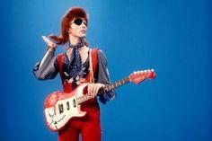 Como falar de moda e música sem lembrar de David Bowie? É claro que ele está na nossa seleção - confira!