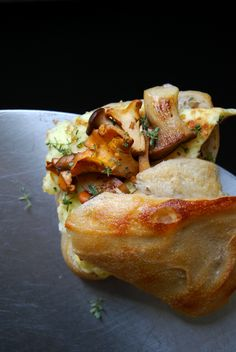 Chanterelle, King Trumpet Mushroom and Thyme Omelette Sandwich ° eat in my kitchen