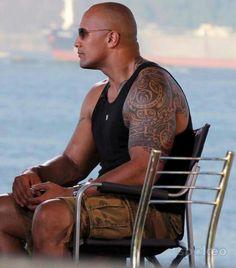 Dwayne Johnson - Dwayne Johnson tattoos symbols tattoos back - Dwayne Johnson – Dwayne Johnson tattoos symbols tattoos back tattoos mea - The Rock Dwayne Johnson, Rock Johnson, Dwayne The Rock, Rock Tattoo, Tatoo Art, People Of Interest, Samoan Tattoo, Japanese Tattoos, Arm Tattoos