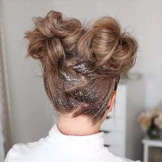 Hair Bun Tutorial – bun hairstyles for long hair Two Buns Hairstyle, Hairdo For Long Hair, Short Hair Bun, Bun Hairstyles For Long Hair, Short Hair Styles Easy, Vintage Hairstyles, Medium Hair Styles, Braided Hairstyles, Buns For Short Hair