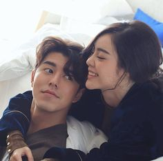 """Rak kan Panlawan confusedly in love…"""" Photography Poses For Men, Photography Classes, Couple Photography, Wedding Picture Poses, Pre Wedding Photoshoot, Cute Couples, Wedding Couples, Comics Love, Ulzzang Couple"""