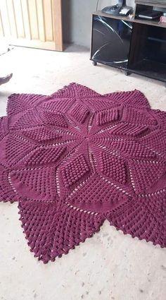 Best Carpet For Boat Runners Crochet Box, Crochet Doily Patterns, Crochet Mandala, Crochet Designs, Crochet Doilies, Knitted Pouf, Knit Rug, Cable Knitting, Knitting Stitches