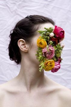 Annie Collinge's face of flowers