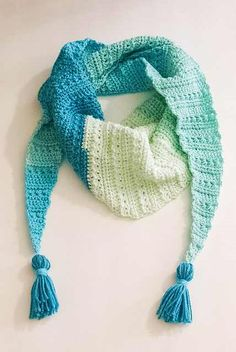 [Free Pattern] Super-Stylish One Skein Crochet Scarf
