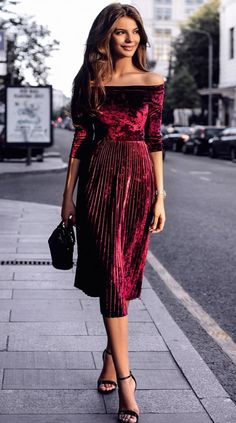 a maroon set off shoulder velvet top + pleated midi skirt with high heels end