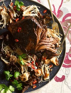 Barbecue brisket with shiitake glaze and stir-fried mushrooms recipe : SBS Food Bbq Brisket, Brisket Sandwich, Small Food Processor, Food Processor Recipes, Fried Mushrooms, Stuffed Mushrooms, Roast Recipes, Dinner Recipes, Pulled Beef