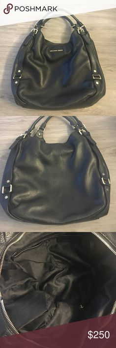 MICHAEL KORS HOBO HANDLE BAG Perfect condition black and gold bag. Used ONE time. Great bag with lots of pockets MICHAEL Michael Kors Bags