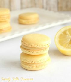 Tart and Tangy Lemon Macarons with Lemon Curd Filling. The perfect light French pastry for the Spring and Summer season! Macarons are the perfect light dessert to add to your Spring and Summer dessert Desserts Menu, Summer Desserts, Dessert Recipes, Easter Recipes, Plated Desserts, Macaron Filling, Macaron Flavors, Tea Cakes, Dessert Chef