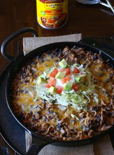 Easy Skillet Tamale Pie... Cheesy Cornbread topped with spiced up taco meat all in one skillet! @Old El Paso #oldelpaso @albertsons #albertsons