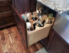 I like this idea, can keep all the utensils hidden.
