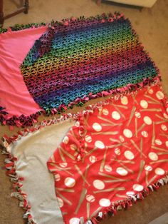 Quiet and Colorful: No Sew Fleece Sleeping Bags mint do this for the neice and nephews this year