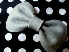 Big Betty Bow // Felt Hair Bow // Original Design by hellobettybow Felt Hair Bows, Uk Shop, Trending Outfits, The Originals, Unique Jewelry, Handmade Gifts, Big, Etsy, Accessories