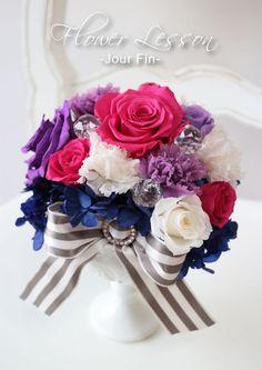 レッスンで製作されたプリザーブドフラワーアレンジメント❤️フランボワーズのお色がエレガントで素敵に仕上がりました。 『JourFin 』ジュール・フィン 兵庫県 芦屋プリザープドフラワー・アーティフィシャルフラワー教室&ショップ『Jour Fin』Preserved flower and artificial flower salon&shop in ashiya JAPAN http://jourfin.shopinfo.jp/ オンラインショップhttp://jourfin.com ブログhttp://ameblo.jp/jourfin