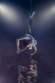 Dance Photography, Underwater Photography, Photography Photos, Pole Dance Moves, Pole Dancing Fitness, Pole Fitness, Dance Photos, Dance Pictures, Cheer Pictures