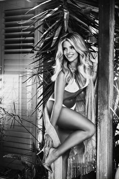 Guess | Natasha Oakley & Devin Brugman, Swimwear Collection #Guess #NatashaOakley #DevinBrugman #Swimwear