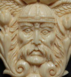 Amulette - Anhänger Viking Mammut Beinschnitzerei - ein Designerstück von carvingcollection bei DaWanda