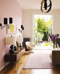 Pale Pink   Black: A Match Made in Heaven