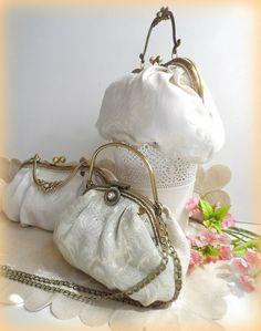 Bridal handmade handbags. www.lolitasala.es