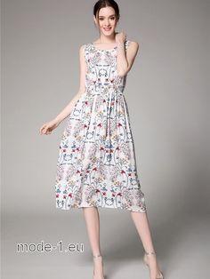 Wadenlanges Sommerkleid in Weiss mit Muster