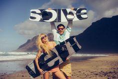 #kitelement #kiteboard #revert #carbon #black #white #beach #sun #fun #lovelife #wind Kite Board, Carbon Black, Beach, Fun, Boards, Black White, Green, Planks, Black And White