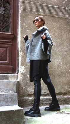 Items similar to NEW Autumn / Winter Wool Grey Bolero / Extravagant Jacket / Wool Blend Coat by Aakasha on Etsy Winter Outfits, Casual Outfits, Fashion Outfits, Womens Fashion, Fashion Trends, Combat Boots Style, Sweater Layering, Winter Mode, Fall Winter