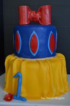 i can totally see this as your wedding cake