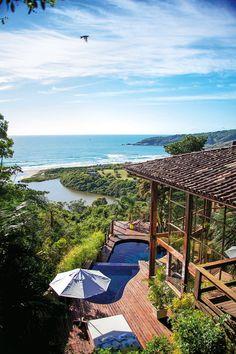 Quinta do Bucanero, Praia do Rosa, Brazil