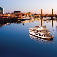 Hornblower Cruises and Events - Old Sacramento.. GOING ON THE SANTA CLAUSE CRUISE