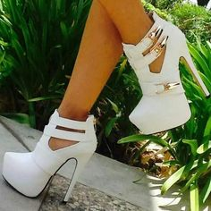 Cute white ones but I don't know if I could wear them lol