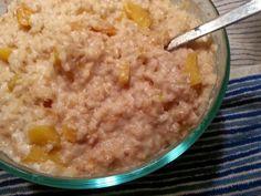 Crockpot Peaches and Cream Oatmeal