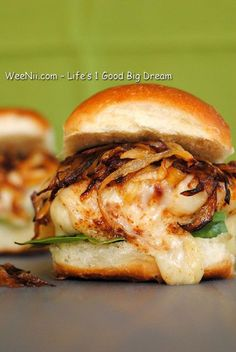 Chicken Burger with Caramelized Onion - Quick Healthy Recipes on a Budget - WEENII