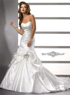 Abiti da Sposa di Sottero and Midgley de Maggie Sottero www.matrimonio.com/cat-DressList.php?tipo=1&Disenador=281