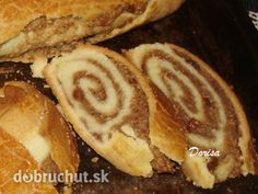 Orechový závin Czech Recipes, 20 Min, Hot Dog Buns, French Toast, Bread, Cooking, Breakfast, Bags, Basket