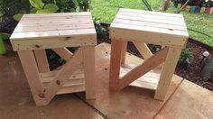 pallet-side-tables-or-end-tables.jpg 960×540 pixels