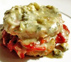 Solomillo al roquefort I Foods, Mashed Potatoes, Chicken, Meat, Ethnic Recipes, Ethnic Food, Meals, Easy Cooking, Easy Recipes