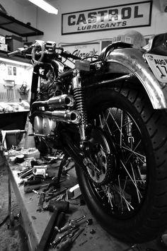 the-girl-with-the-dragon-tattoo-honda-motorcycle-glory.jpg