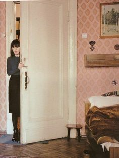 Lise Lise Sarfati, Modern Photographers, Mood And Tone, Welcome To My House, Old Room, William Eggleston, Fashion Photography Inspiration, Girl Inspiration, Russia