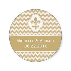 Personalized Gold White Fleur de Lis Chevron Round Sticker #fleurdelis #neworleanswedding