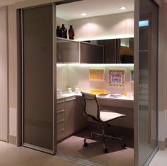Home office por Romero Duarte #escritório #apartamentodecorado #homedecor #interiordesign #decoração