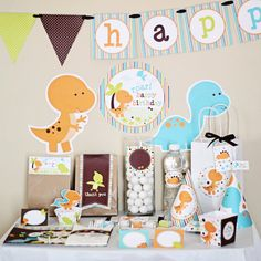 AHHH When I have a little boy this WILL be his 1st bday party theme :) Dinosaurs Birthday Printable DIY Party Kit by Stockberry Studio. $10.00, via Etsy.
