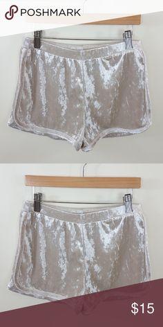 Velvet track shorts Velvet track shorts 97% polyester 3% spandex Shorts