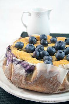 """Breakfast at Tiffany's: Contest """"Colazioni Dolci e Salate"""": torta allo yogurt greco e mirtilli"""