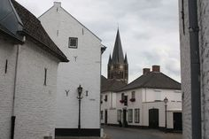 Thorn, het witte stadje aan de Maas (Limburg)
