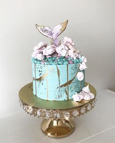 Mermaid Cake for the joint birthday with a replica of my previous design as per . - wonderful food and drink - Cake Design Gorgeous Cakes, Pretty Cakes, Amazing Cakes, Mermaid Tail Cake, Mermaid Cakes, Mermaid Birthday Cakes, Birthday Cake Girls, Birthday Design, Wedding Cake Designs
