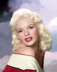 """From Jayne Mansfield to Anita Ekberg and Kim Novak, blonde """"bombshells"""" were falling in Hollywood in the mostly thanks to the one and only Marilyn Monroe. Bios of the classic blonde beauties. Hollywood Stars, Old Hollywood Glamour, Golden Age Of Hollywood, Vintage Hollywood, Classic Hollywood, Jayne Mansfield, Marilyn Monroe, Classic Actresses, Hollywood Actresses"""