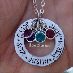 Custom Personalized Hand Stamped Family Love von ILLBECHARMED