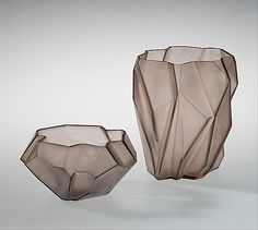 """Ruba Rombic"" -  Reuben Haley, 1928, glass / According to a 1928 advertisement for the line, its name derives from ruba'i, a Persian poetry form, and the geometry term rhombic, meaning an irregular form having no right angles."